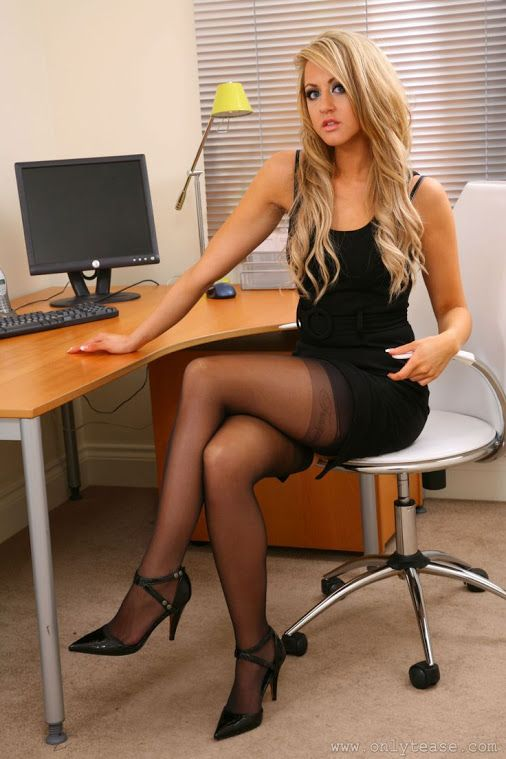 blonde secretary Curvy maid