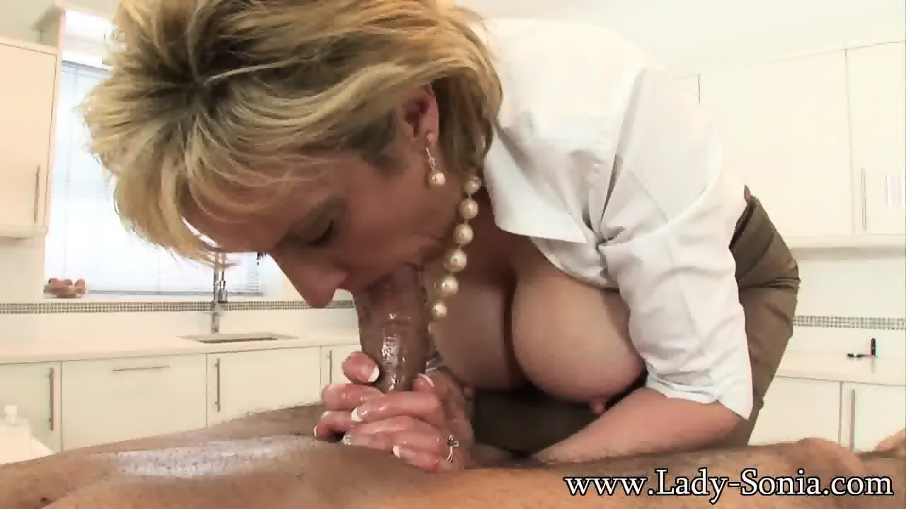Masturbate squirt latex gay