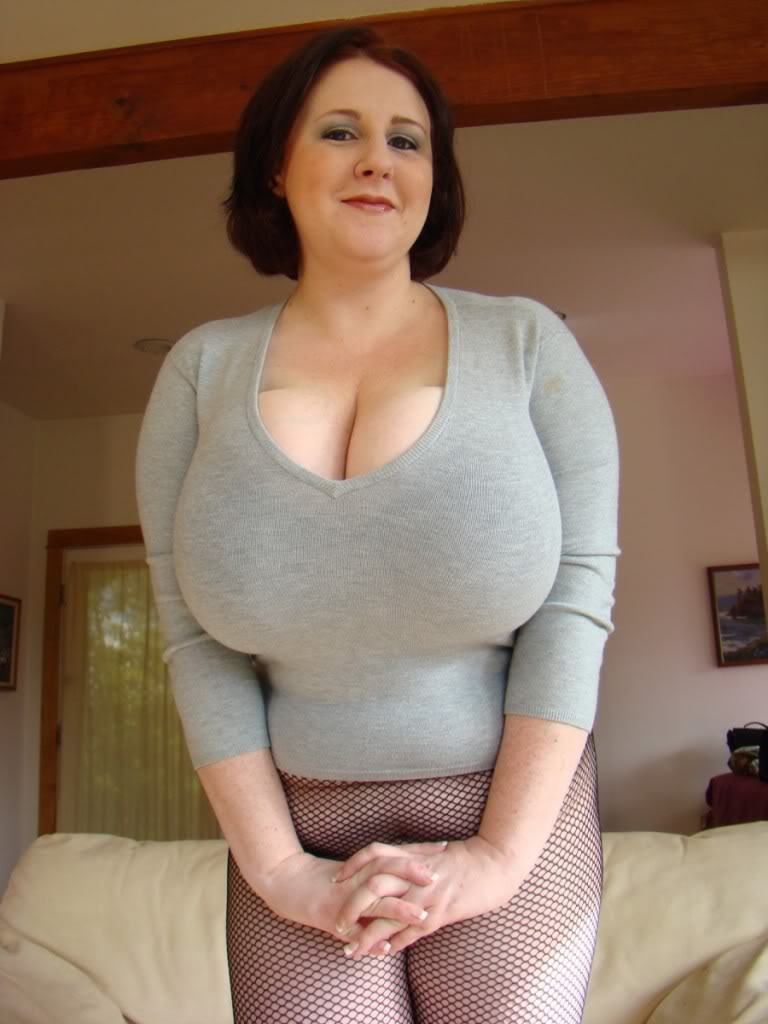 saggy pantyhose Tribbing tits girl