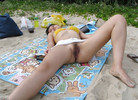 Outdoor babe cuckold wet