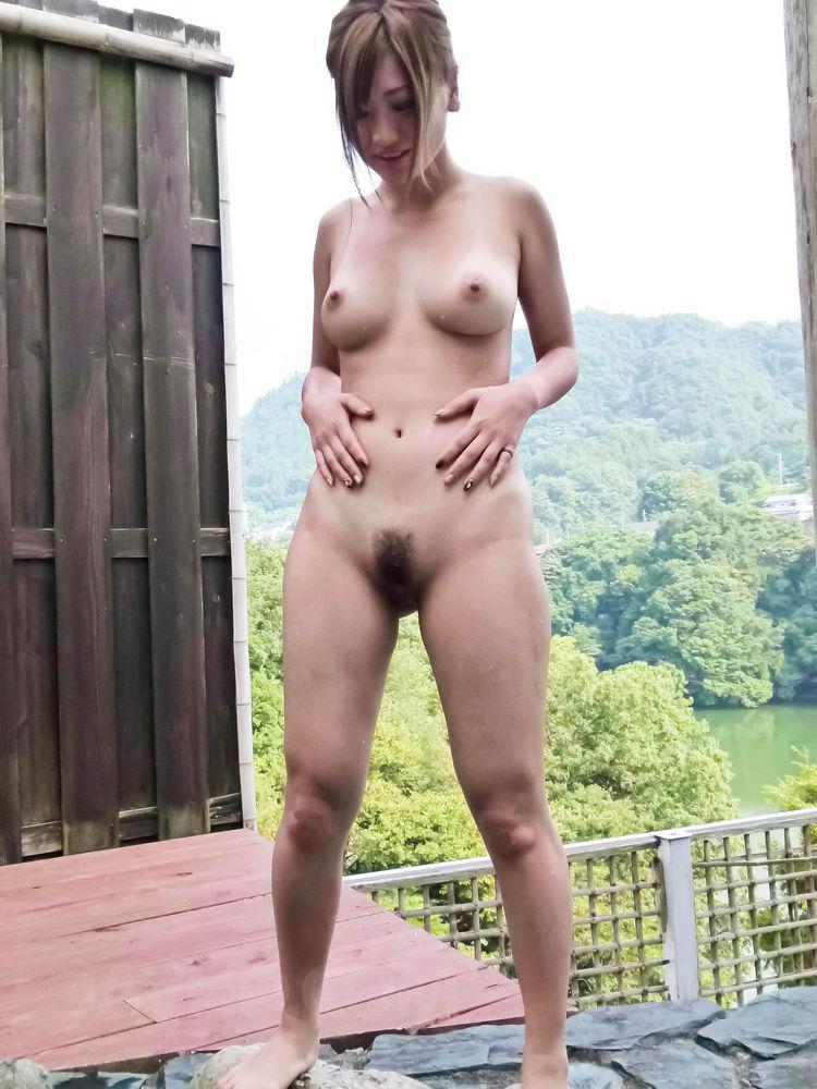 outdoor Asian watching cumshot