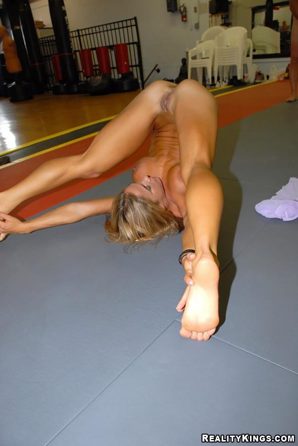 gym Amateur spyfam lingerie