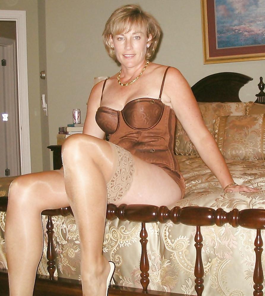 panties amateur grannies Stockings