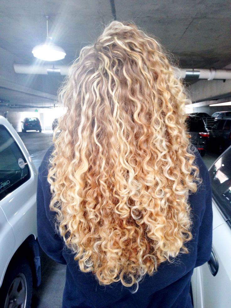 Sex curly long hair blonde