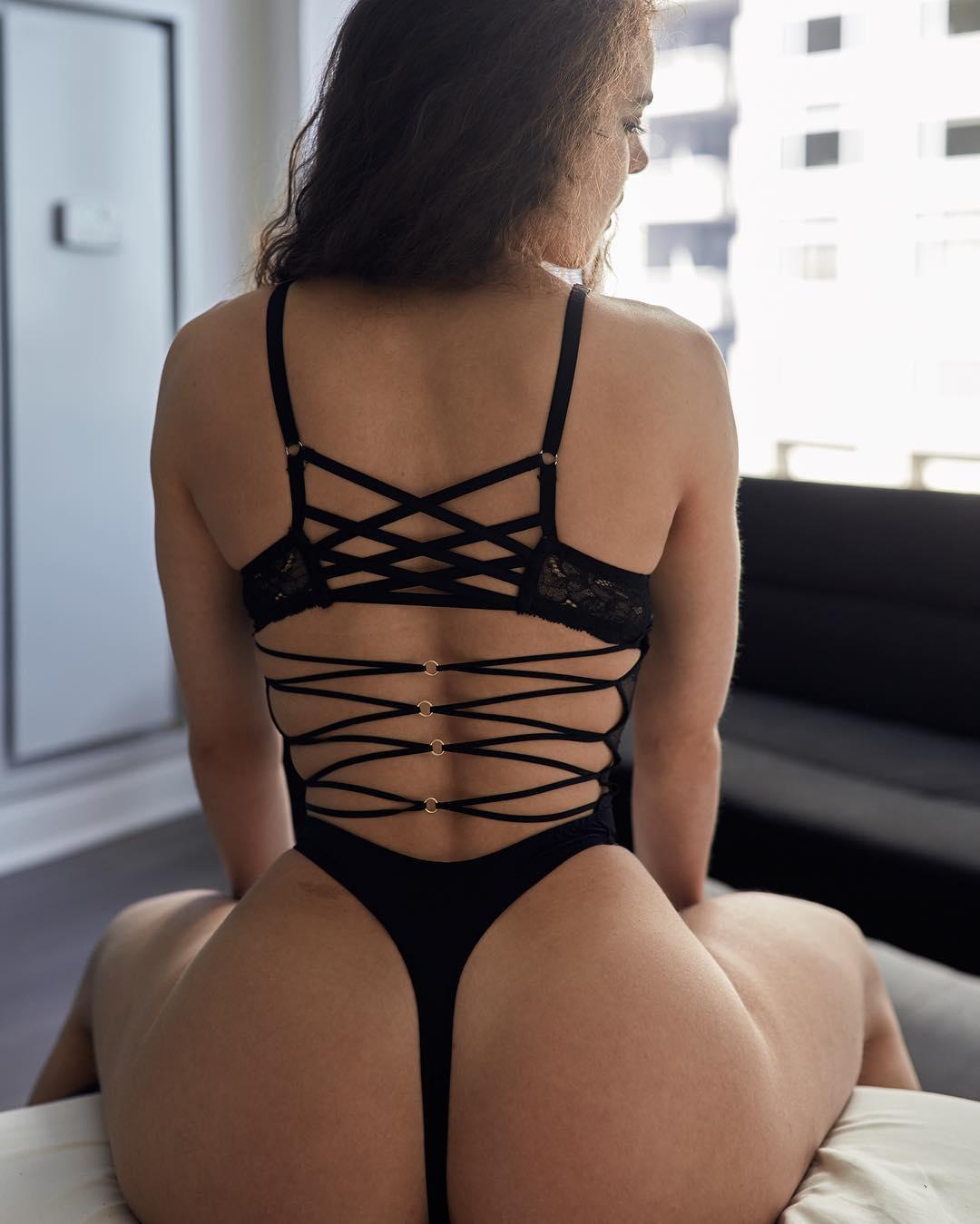 cumming Babe panties voyeur