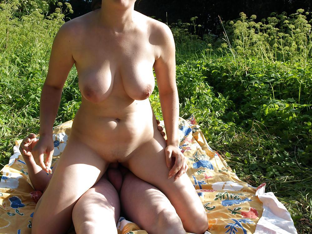 housewife boobs Outdoor big couple
