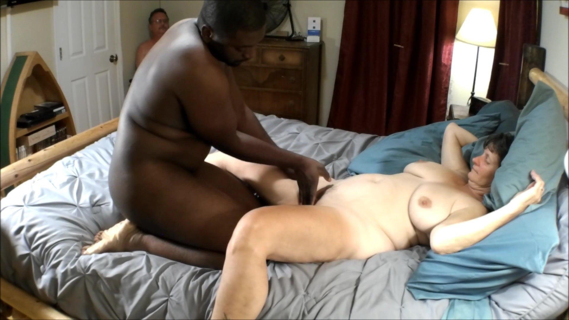 Hazel recommend Gay sucking dick party innocent