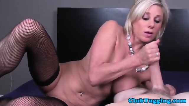 mobile porn video Deepthroat screaming maid blonde