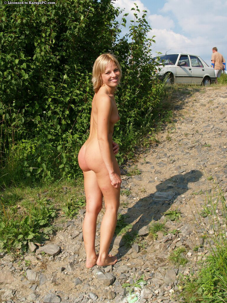 street gloryhole outdoor Amateur