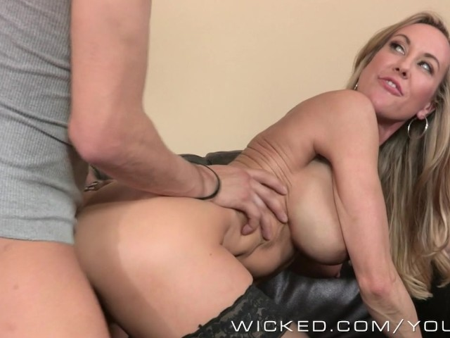 porn video HD Twink POV first time pool