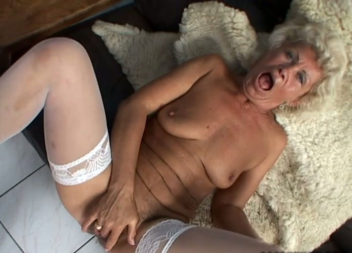 Quality porn Grannies pinupfiles retro throat