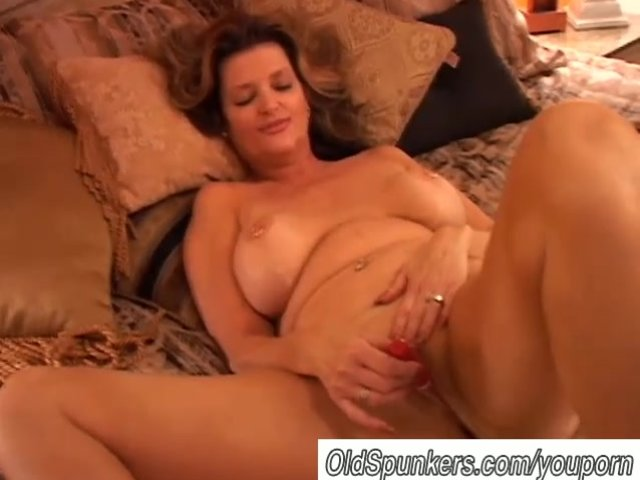 sex video Homemade strip mom gay