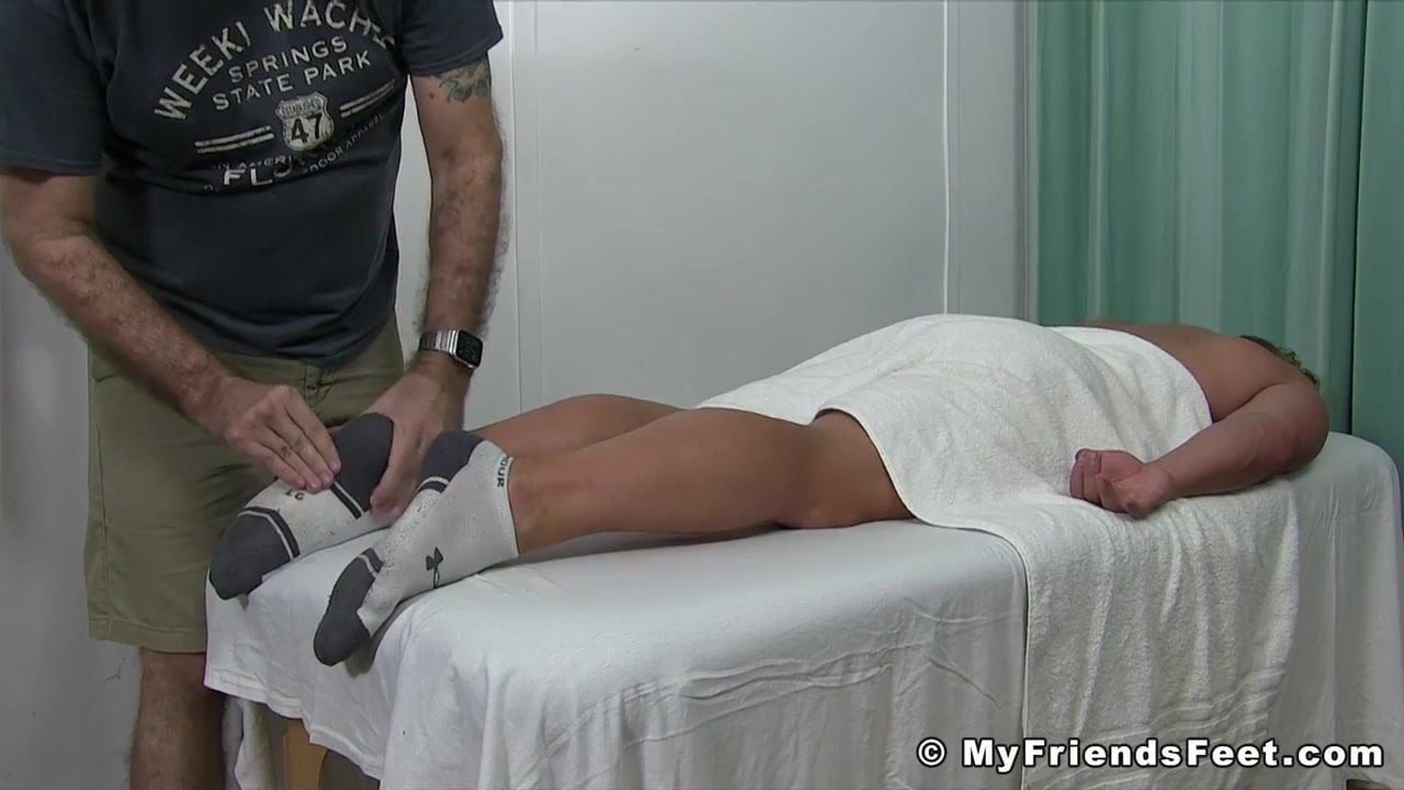Porn Images & Video Double penetration mtf gagging boobs