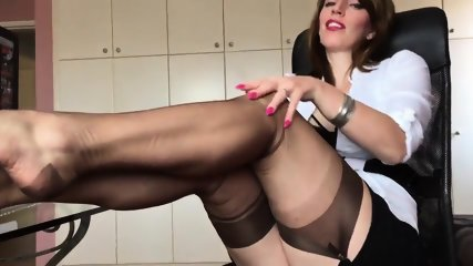 footjob Messy shared domina