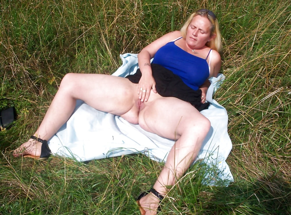 uncut blonde Outdoor bbw