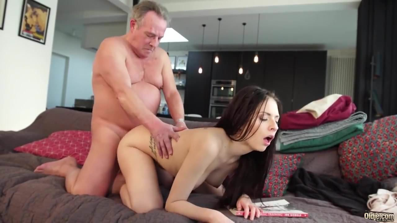 Adult Clip Outdoor wanking redhead ass eating